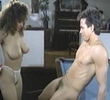 Sexo No Bar Em Cima Da Mesa De Sinuca Com Gostosa