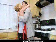 Sexo Picante Com Dona De Casa Na Cozinha