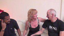 Video De Sexo gostoso Com Coroa E Dois Homens