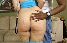 Mamãe Solteira Gostosa realizando sua fantasia sexual