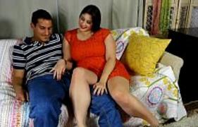 Homem casado teve que comer a Esposa Gordinha do amigo