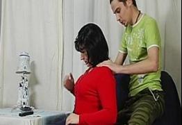 Traçando minha Madrasta Coroa depois de fazer massagem nela