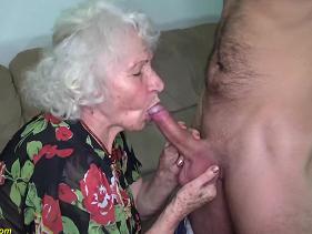 Senhora de 80 anos tem muito amor pra dar e o genro sabe disso